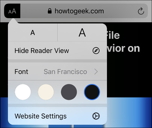 "The ""AA"" menu options in Safari's Reader View."